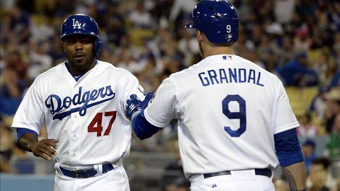 Kendrick-Dodgers-Yasmani-Grandal-EFEArchivo_821327866_2993674_667x375